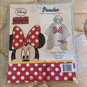 NWT Minnie Mouse Youth Poncho